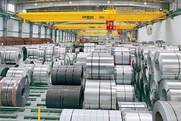 Demateks Processkranar för stålhantering i arbete
