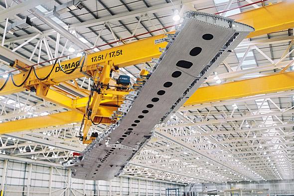 Processkran för flygindustrin i arbete